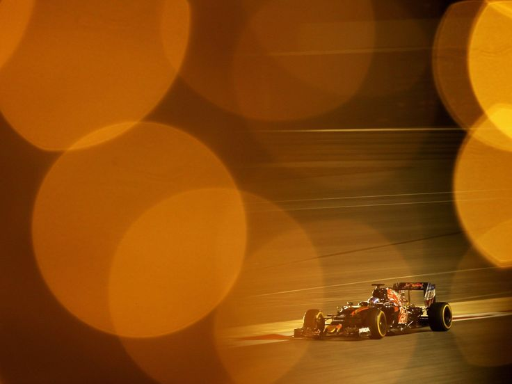 Max Verstappen, Carlos Sainz, track action, garage, team, pitlane... enjoy the best shots from our Formula 1 2016 Bahrain Grand Prix.  Full Gallery on http://win.gs/1SM3j8N.  Wallpaper download section on http://win.gs/1ZYW0NS.  #F1 #tororosso #verstappen #sainz #redbull #BahrainGP