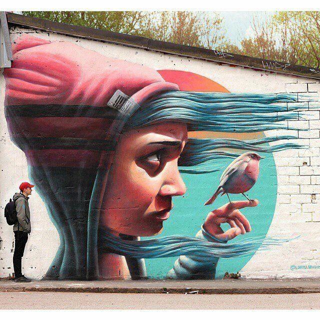 Street-wall graphic art - L'arte grafica sui muri. Street art come forma d'arte e di comunicazione visiva.   Seguiteci su Facebook: @diellewebegrafica  #streetart #murales #diellepistoia