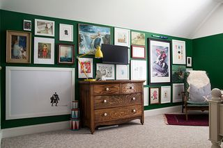 The Fool-Proof Way to Hang Pictures