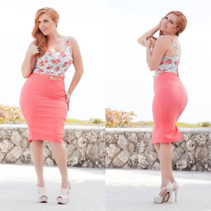 I ♡ seeing curvy models working it! They look just as good as 'normal' models :)