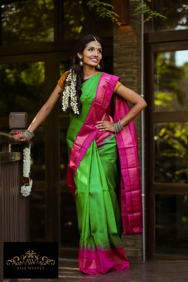 Kanjivaram in the classic parrot green & pink https://www.facebook.com/media/set/?set=a.643269159141961.1073741854.208596629275885&type=3