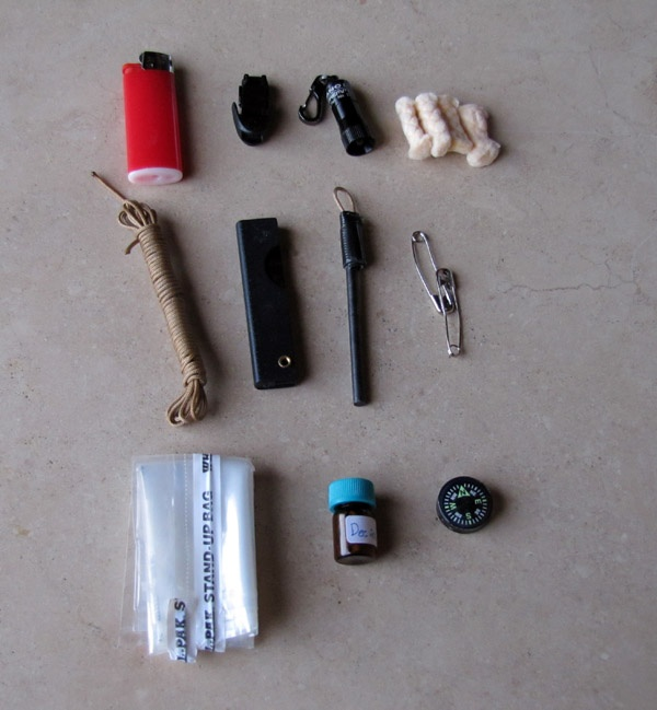 TEOTWAWKI Blog: Altoid Survival Kit The contents