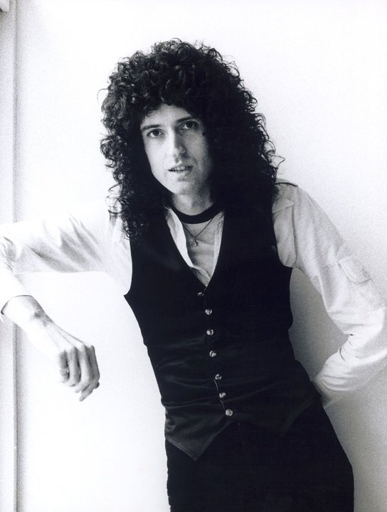 Brian May (July 19, 1947) British singer, songwriter and guitarist, o.a. known from the band Queen.