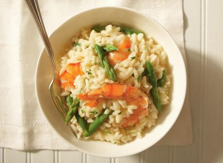 Shrimp and asparagus risotto! I put a lot of cheddar cheese, and it's nice and creamy. Definitely recommend!