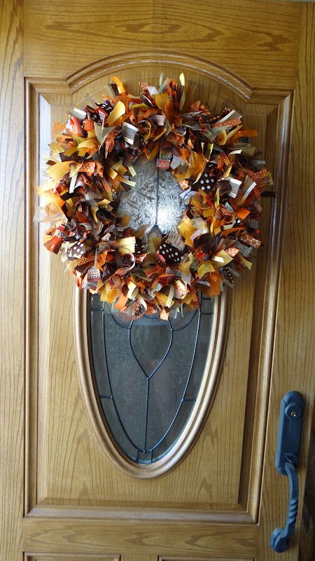 Country Is...: DIY Ribbon/Material Fall Wreath. good instructions on making a ribbon wreath!