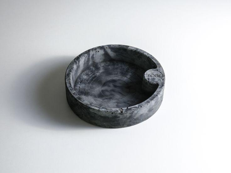 Flowerpot for bonsai - architectural concrete. 162 mm x 37 mm    FÓBE