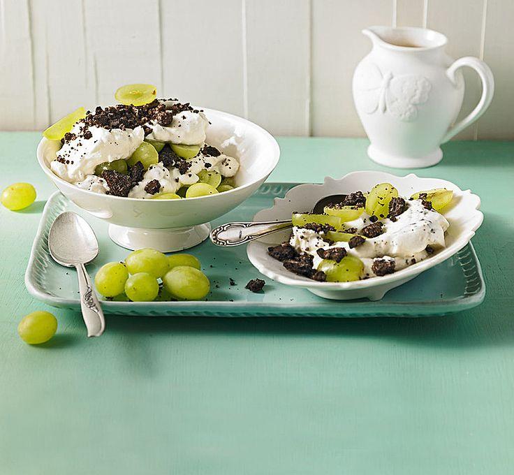 Dessert mit Weintrauben, ein raffiniertes Rezept aus der Kategorie Dessert. Bewertungen: 628. Durchschnitt: Ø 4,8.