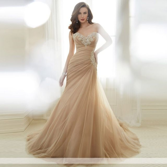 2017 New Design Sweetheart Lace Sequined Neckline Pleated Tulle Mermaid Wedding Dress Dark Champagne Color Wedding Gown
