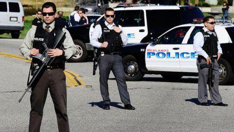 """Стрельба в Луизиане: СМИ сообщают о трех убитых полицейских http://dneprcity.net/world/strelba-v-luiziane-smi-soobshhayut-o-trex-ubityx-policejskix/  Трое полицейских, по неподтвержденным данным, убиты в результате стрельбы в городе Батон-Руж в воскресенье, многие получили ранения, сообщил в прямом эфире телеканал CNN.""""Мы получили информацию о трех убитых полицейских. Мы"""