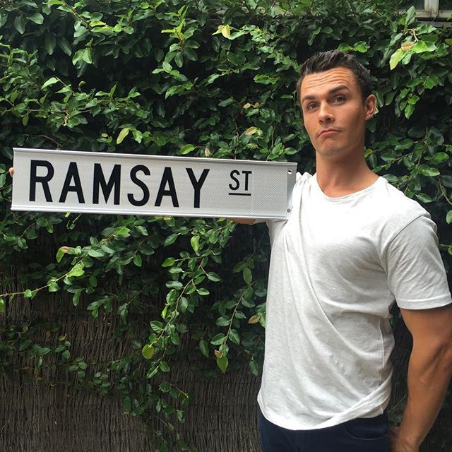 I know you may of thought I was joining the cast of Neighbours... But I am just joining the SET