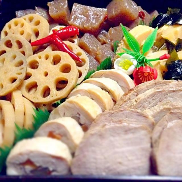 蓮根とこんにゃくのカミナリ煮、若竹煮、焼豚、チキンロール♪ - 66件のもぐもぐ - 御節・三の重★ by RIE5839