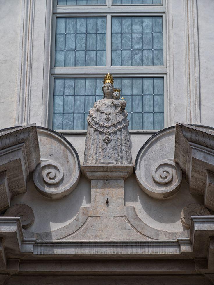 https://flic.kr/p/UYWdp5   Madonna di Loreto   Chiesa di Santa Maria della Carità