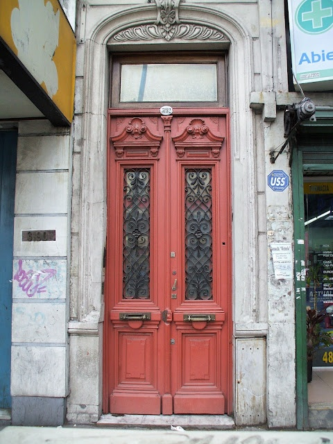 The Italian Guy and I: The Doors of Argentina