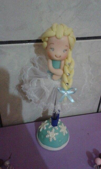 Caneta boneca Elza