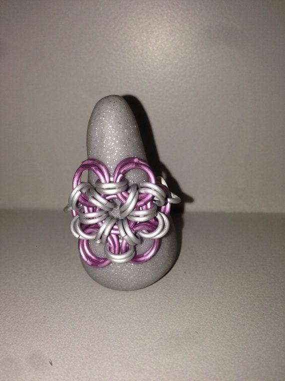 Japanse bloem ring van TheFairyTre op Etsy, €5.00