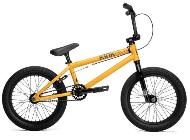 """KINKCARVE 16""""BMX  - Kinkhar over 20års erfaring innen produksjon og utvikling av BMX sykler og deler.  Kink CarveBMXfor junior. Carve 16"""" har en solid stålramme, microdrivverk og ekstra korte 140mm krankarmer tilpasset små ryttere. En kvalitetssykel med bunnsolide deler tvers igjennom.  Passer bestfor ryttere fra 90 - 120cm.  Høydepunkter &..."""