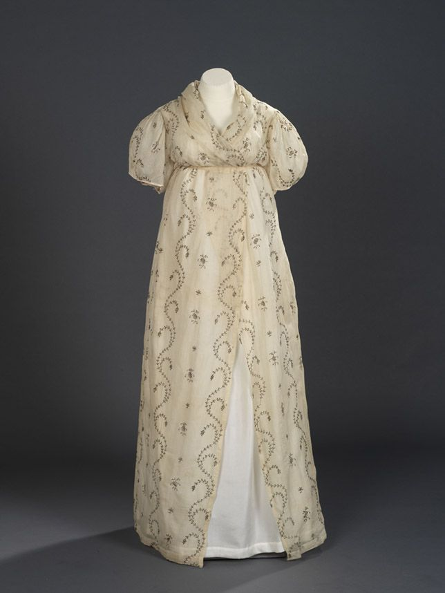 Evening Dress: 1795-1800, English, cotton tabby with open work embroidery of gilt lamella.: Evening Dresses, Regency Dresses, Open Robes, Gowns, 1795 1800, Maternity Dresses, Work Embroidery, 1800 1820, Open Work