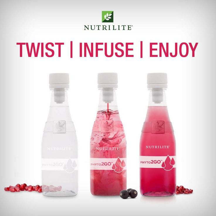 For Fun Nutrition On-The-Go: Twist the Phyto2GO cap, watch the infusion, and enjoy your nutrient-filled drink!