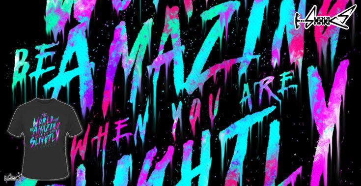 Magliette+Slightly+Strange+-+Disegnato+da+:+Lou+Patrick+Mackay