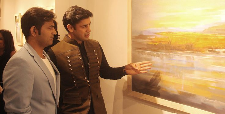 Sonu Gupta and Sangram Singh at Sonu Gupta's Strokes of Romanticism art show at Artists' Centre Art Gallery