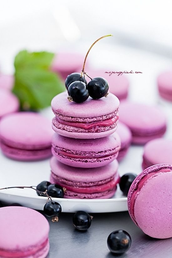 Macarons! Repinned by Anges de Sucre www.angesdesucre.com #angesdesucre