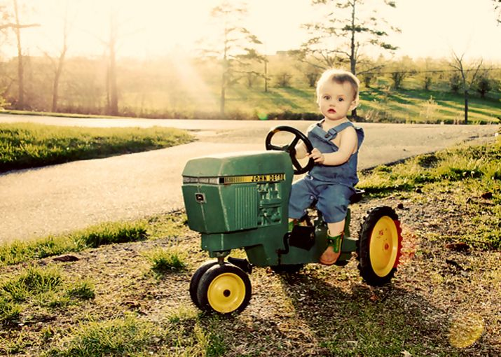 http://blog.machinefinder.com/1456/john-deere-tractors-and-the-children-who-love-them-25-pics