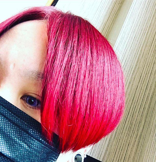 WEBSTA @ syk8229 - 結局赤髪落ち着く﹙·࿁·﹚♥︎♥︎#赤髪#マニックパニック#黒マスク