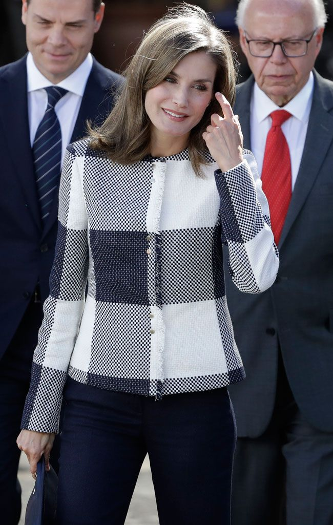 Letizia takes out her most supportive side in a country that loves ...