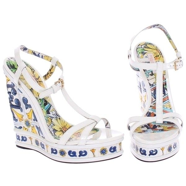 Pre-owned Dolce&gabbana Azulejo Tile White Wedges (6.270 ARS) ❤ liked on Polyvore featuring shoes, sandals, white, platform wedge shoes, white platform shoes, white shoes, platform shoes and wedge heel sandals