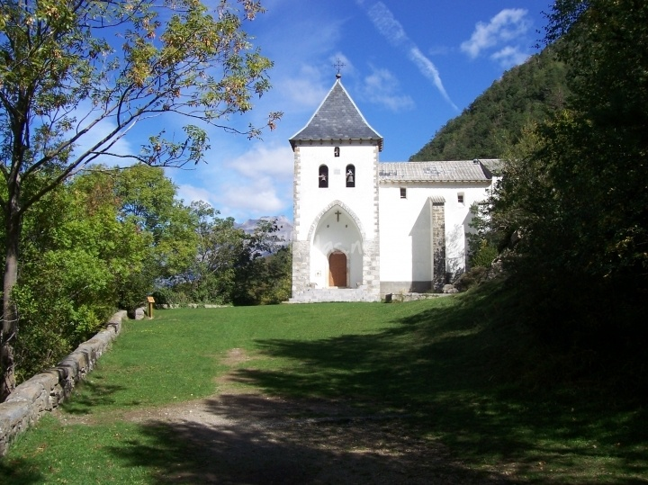 Ermita sta. elena de Hotel Tierra de Biescas | Foto 16