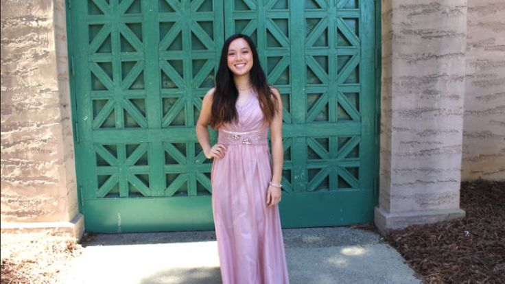 Vivian (IG @cyndercake415)'s showcase of our OUSHIYING evening dress