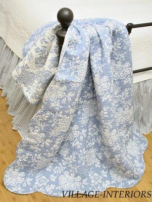 COUNTRY FRENCH BLUE & WHITE