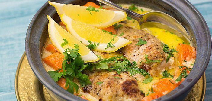 Limoncello-kana on herkullinen uuniruoka. Jos ei kaapista satu löytymään Limoncello-likööriä, niin sen voi korvata sokeroidulla sitruunamehulla. Tämä vie kielen mennessään.