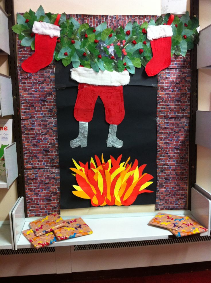 Christmas Ideas For School Libraries : Christmas display in the junior library santa chimney