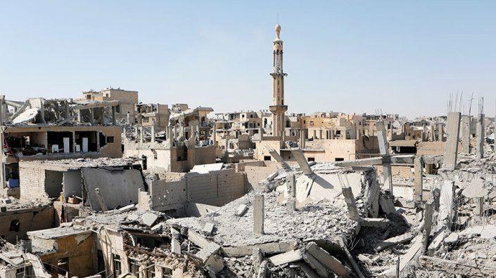Go back to Raqqa & bury bodies: Putin calls for investigation into strikes on civilians in Syria  RT World News