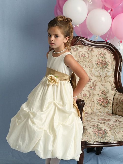 11 best Blume Mädchen Kleider images on Pinterest | Bridal dresses ...