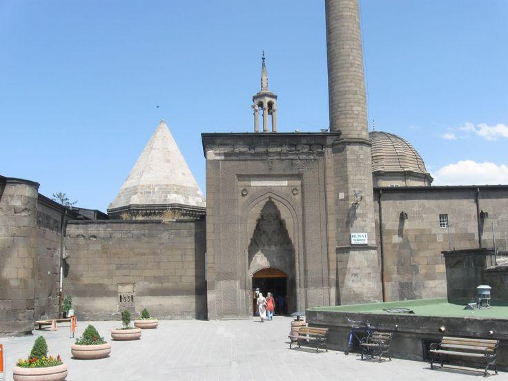 Hunad Hatun Külliyesi ve Madrasa- Kayseri/Turkey