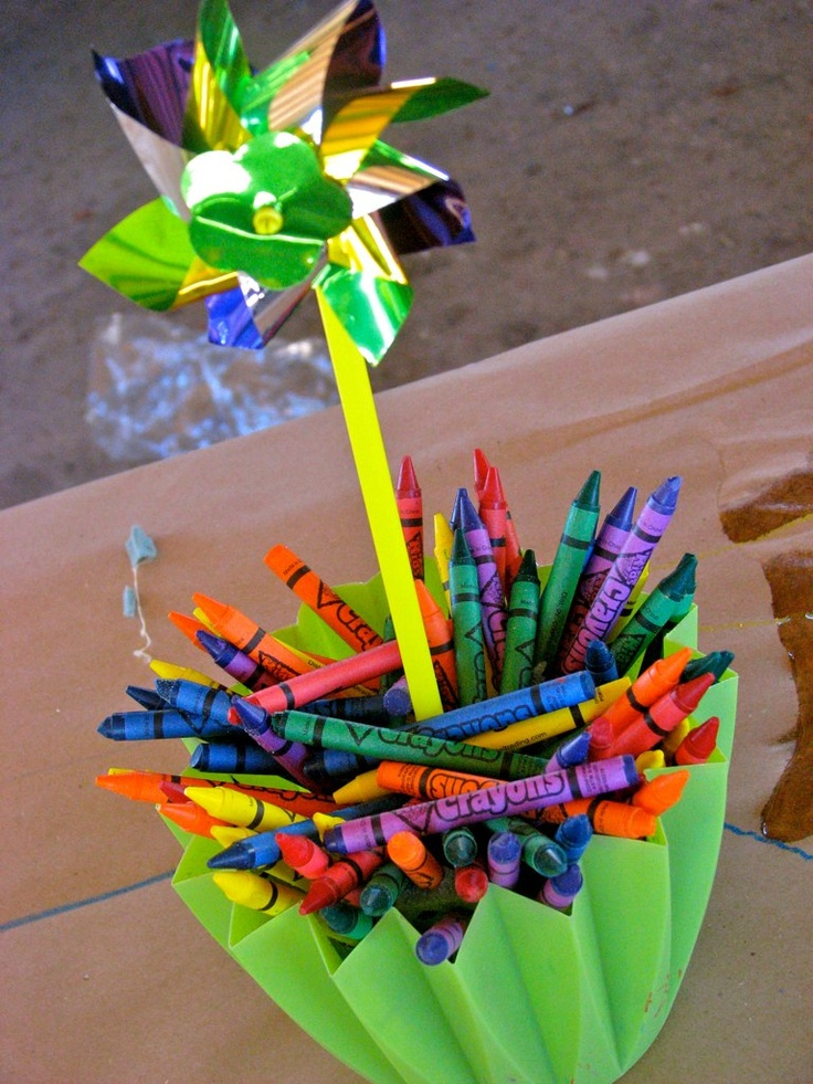 Pinwheel and crayon centerpieces.
