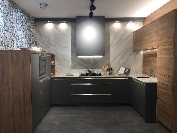 Cocinas Bien Equipadas En 2020 Cocinas Muebles De Cocina