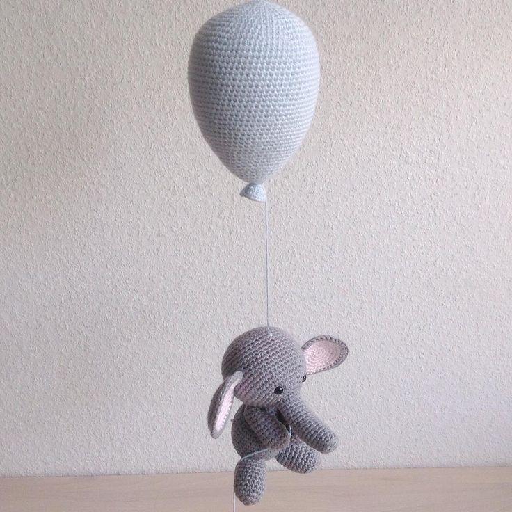 En flyvende elefant #hæklet #hækle #hækling #crochet #elefant #ballon #babymobile #baby