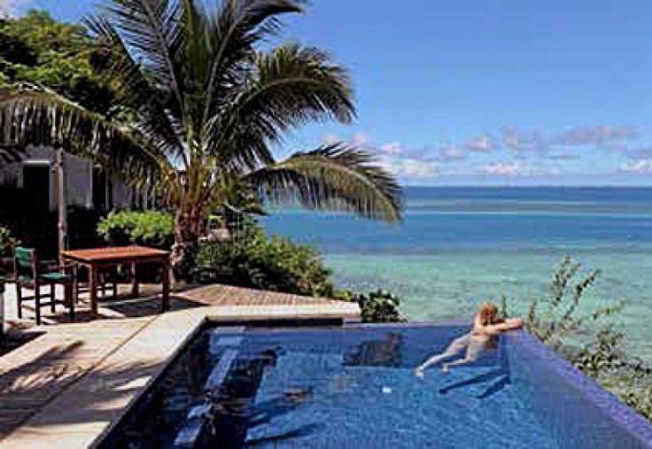 Paratiisisaari vain meille | Oma aika  Pikkuruinen Wadigi lymyää Fidzin luonnonkauniissa, trooppisessa saaristossa. Ylelliselle yksityissaarelle otetaan vain yksi varaus kerrallaan.