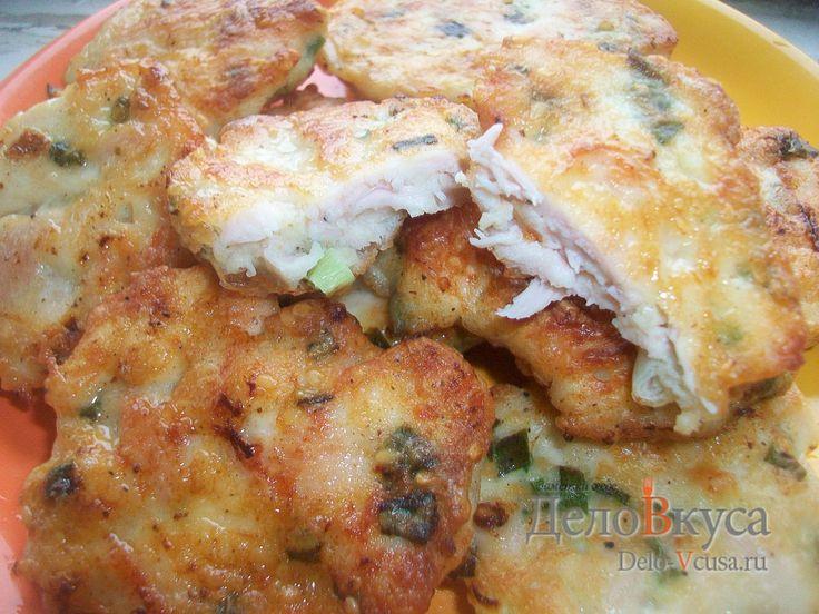 Рецепт приготовления куриных котлет с зеленым луком и кунжутом #курица #куриноефиле #котлеты  #еда #рецепты #деловкуса #готовимсделовкуса