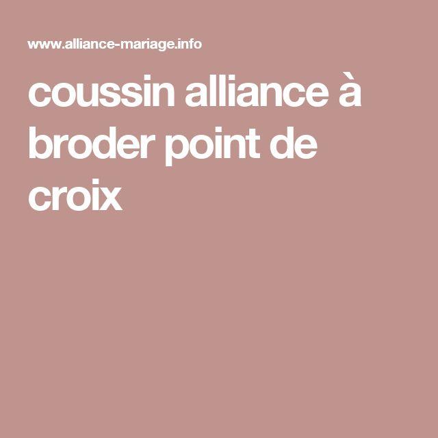 coussin alliance à broder point de croix