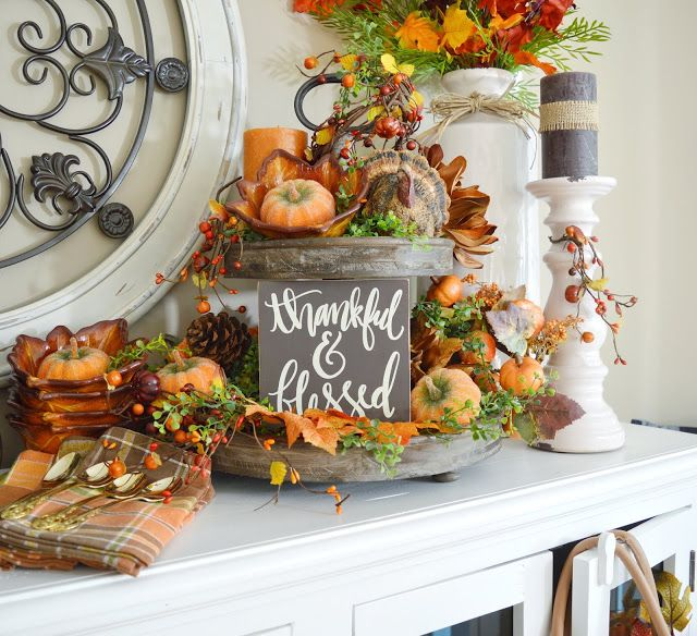 Farmhouse Kitchen Fall Decorating Ideas: Dining Delight: Kitchen Sideboard Traditional Fall Decor