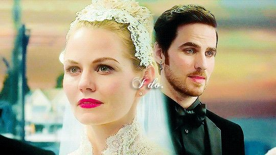 """""""I do."""" this is everything ❤️ #CaptainSwan ❤"""