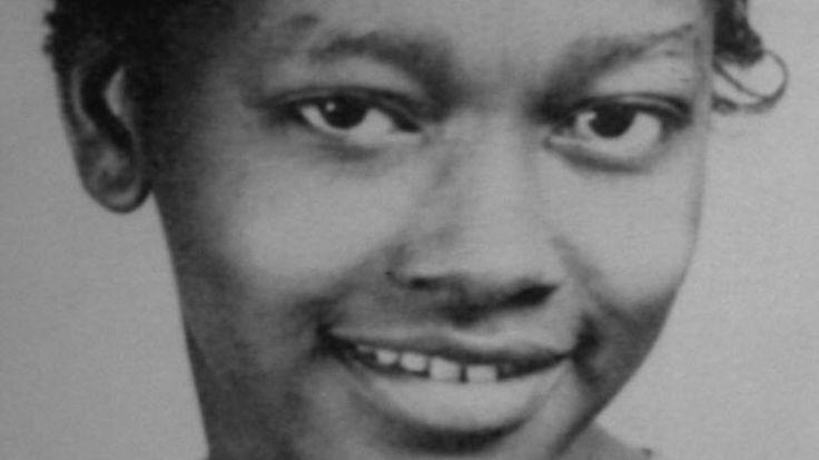 Claudette Colvin: Meet the Teenager who Inspired Rosa Parks http://amysmartgirls.com/claudette-colvin-meet-the-teenager-that-inspired-rosa-parks/?utm_content=buffer9e265&utm_medium=social&utm_source=pinterest.com&utm_campaign=buffer #culture AmyPoehlerSmartGirls