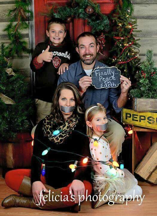 Best 25 Funny family christmas photos ideas