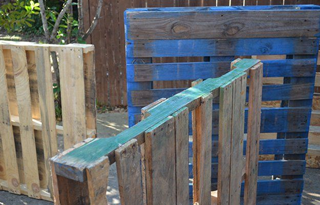 Are Colored Pallets Safe To Use for DIY Projects, Furniture and Crafts