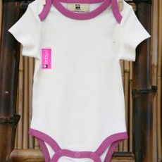 An essential part of any wardrobe, the BabyJo bamboo baby bodysuit is a big favourite. This edge-trimmed bodysuit has an envelope neck and is luxuriously soft. Perfect clothing for newborn skin. http://premmieto2.com.au/product/bamboo-baby-clothes-short-sleeved-romper-pink/