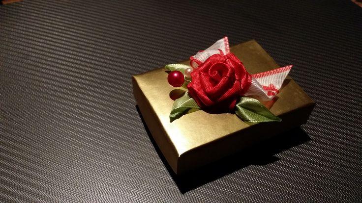Pudełeczko na prezent - wykonane własnoręcznie :-)